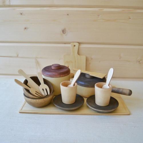 Large tea set 16 items