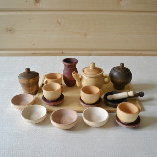 Set of dishes + tray